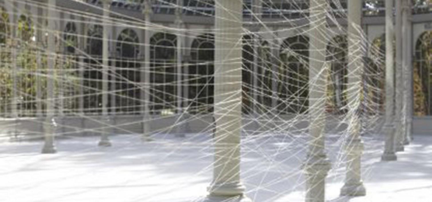 Instalación específica para el palacio de cristal, de Jiri Kovanda